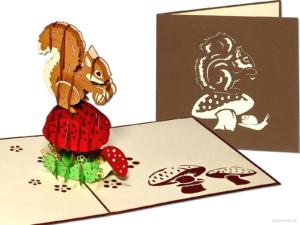Popcards.nl Pop-up-Karte Eichhörnchen Eichhörnchen auf Pilz Pilz Wald Herbst Grußkarte 3D-Karte